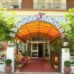 Hotel Buenos Aires, Ingresso