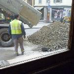 Direkt vor dem Hoteleingang eine Baustelle