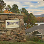 Welcome to Lookout Point Lakeside Inn in Hot Springs