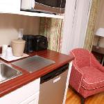 Sutherland House kitchenette