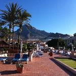 Utsikt fra takterrassen på hotellet_4