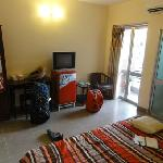 clean and bright room with good bathroom facilities