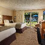 BEST WESTERN PLUS Pepper Tree Inn Two Double Beds Room