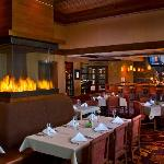Foto de Woodfire Grille at Diamond Jo Casino