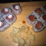 rolls Philadelphia & crunchy salmon
