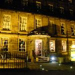 Night-time view of the cosy Cresent Hotel