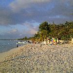 Seven-Mile-Beach am Spätnachmittag