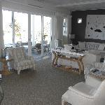 Sumptuous lounge