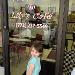 Our Lily met the Lily of Lily's Cafe!