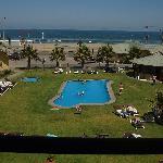 Parque del hotel y piscina climatizada
