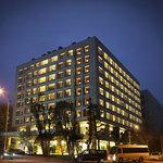 Leader Hotel
