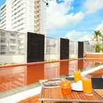 Rooftop Swimming Pool -  In Residence - Suites Bangkok Sukhumvit