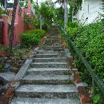 """Die """"99 Steps"""" zählen zu den ältesten Sehenswürdigkeiten von St. Thomas"""