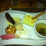 le cafe gourmand pud. and a cup of tea!