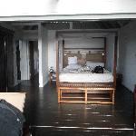 luxe pod bedroom