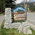 Summit Condominiums Foto