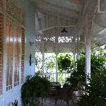 Side veranda