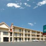 Quality Inn Parkway