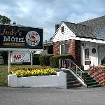 Judy's Motel PA Dutch Heritage