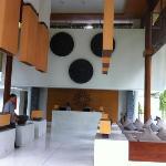Lobby - high ceiling