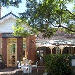 Avenue Road Cafe