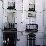fachada del Hostal San Francisco