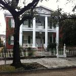 Facade of Hubbard Mansion