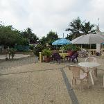 African Rainbow Resort - Front Patio