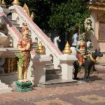 Colourful figures at Wat Botum