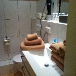 Bathroom - beautiful towels