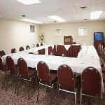 Le Beaucaire Meeting Room