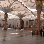 Al-Masjid Al-Nabawi surrounding yard
