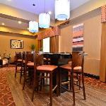 Lobby / Breakfast Area