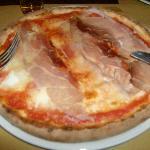 pizza speck scamorza