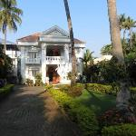Entry to Chak Inn
