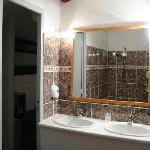 Salle de bain chambre familiale