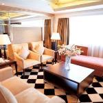 Photo de 999 Royal Suites & Towers