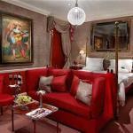 Victoria & Albert Suite
