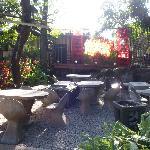 Jardin-terrasse et la scène