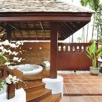 Deluxe Villa with Outdoor Jacuzzi