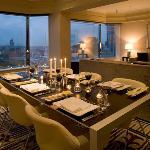 MELBO_P036 Suite Dining
