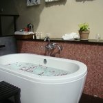 private bath at the sun-deck