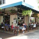 Crab and Fin sidewalk patio