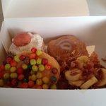 ภาพถ่ายของ Hypnotic Donuts