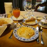Breakfast is self-served - Hotel Pironi - Cannobbio - Oct  3 2011