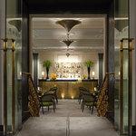 Two E Bar/Lounge