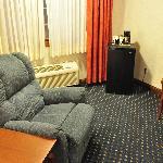 Recliner, lamp and mini-fridge at the Best Western White House Inn.