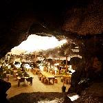 동굴에서 보는 모습