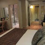 Chambre spacieuse avec vestibule coupe son