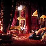 Cardinal Suite